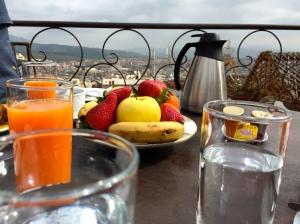 Fresh squeezed juice and fresh fruit al fresco!